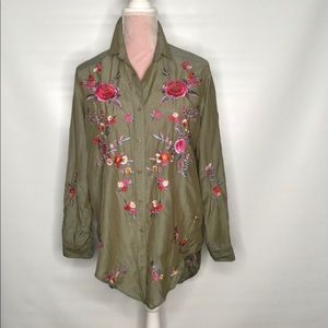 Zara military green embroidered chic top.